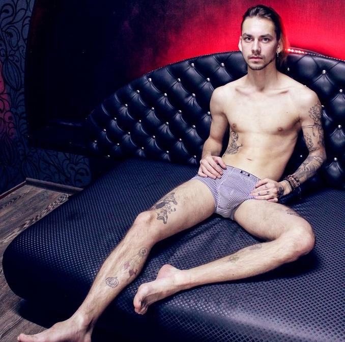 Skinny Model Tim